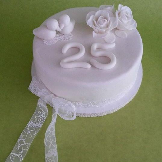 Ongekend taart 25 jaar getrouwd - dubbelhandig IX-18