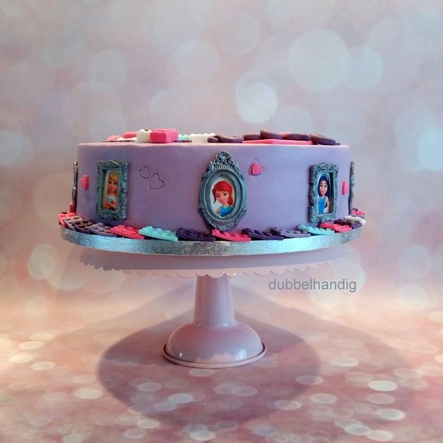 Zeer taart lego friends - dubbelhandig &WN05