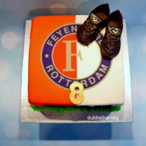 taart feyenoord en voetbalschoenen