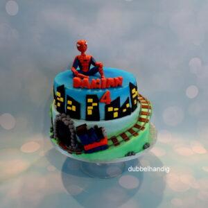 stapeltaart spider-man / thomas trein