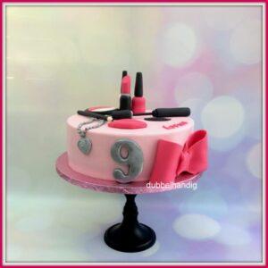 taart make-up gezicht roze